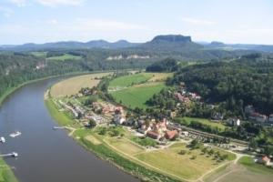 Überblick über die Sächsische Schweiz und Elbe (c) AugustusTours
