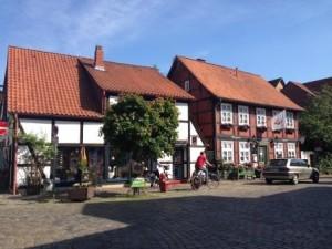 Fachwerkhäuser in Hitzacker am Elberadweg (c) AugustusTours