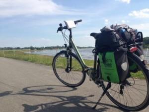 Fahrrad auf dem Elberadweg bei Cumlosen