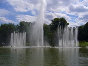Wasserspiele im Park Planten und Blomen in Hamburg (c) Lisa Schwarz, pixelio.de